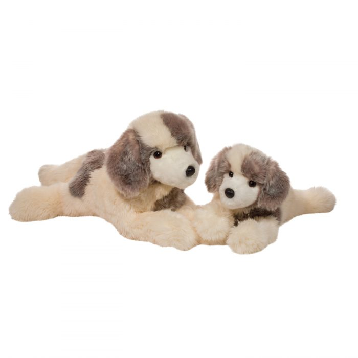 Beautiful Great Pyrenees plush dogs
