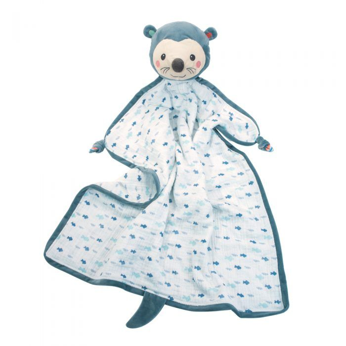 Baby otter muslin blanket with plush